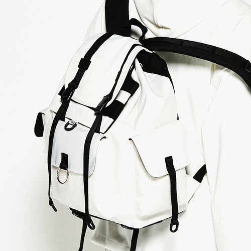 TECHNICAL BACKPACK (WHITE)