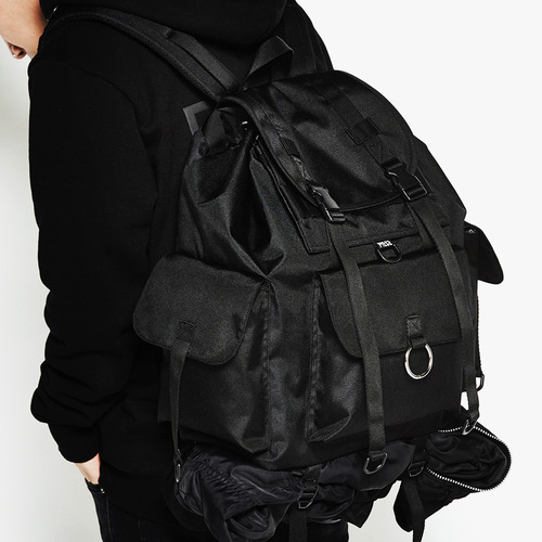 TECHNICAL BACKPACK (BLACK)