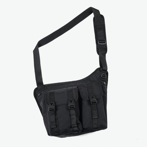 THE SHADOW TECH MESSENGER BAG (BLACK)