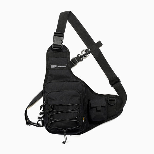 CORDURA TECH LURE SLING BAG (BLACK)
