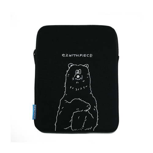 [EZwithPIECE] POLAR BEAR TABLET POUCH (BLACK)