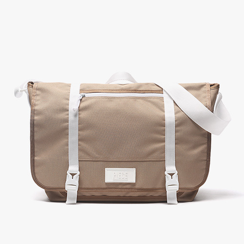 [착한가방] PIECE CORDURA MESSENGER BAG (CARAMEL)